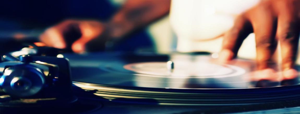 DJs RESIDENTES E INVITADOS!